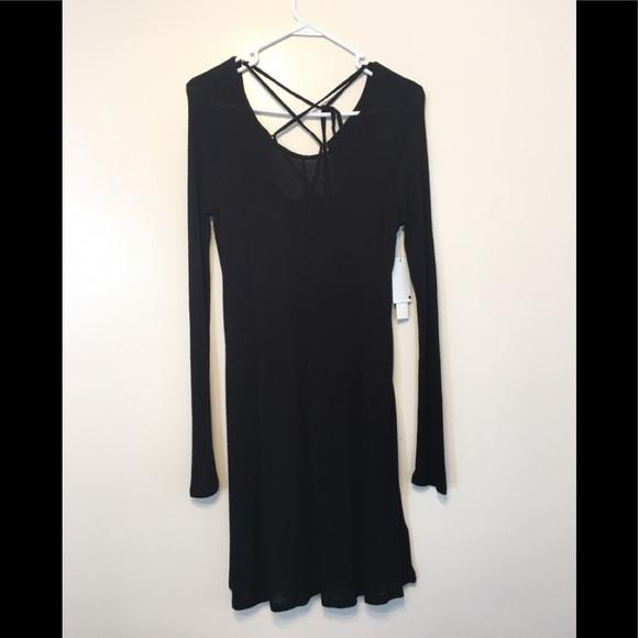 Design Lab Lord & Taylor Dresses & Skirts - Design Lab black dress strappy back M long sleeve